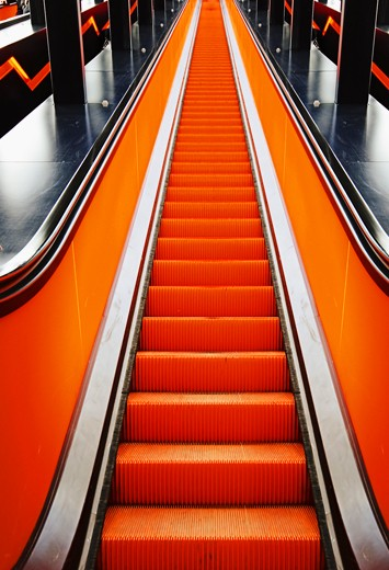Escalator orange à Essen